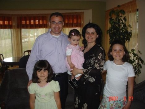 Pastor Marius, Mihaela and their family